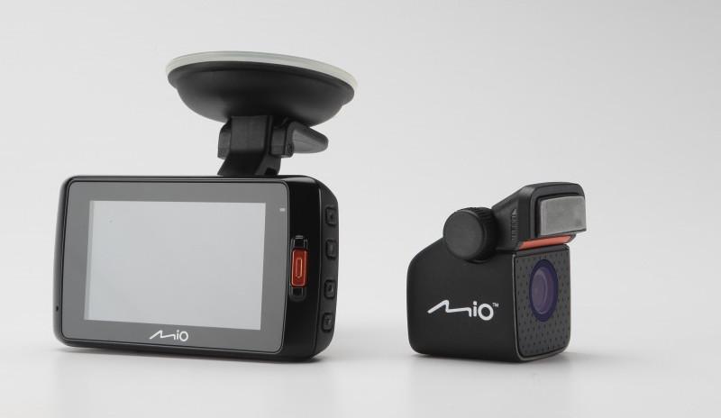 Автомобильный видеорегистратор Mio MiVue 698 (Mivue 698) - фото 8